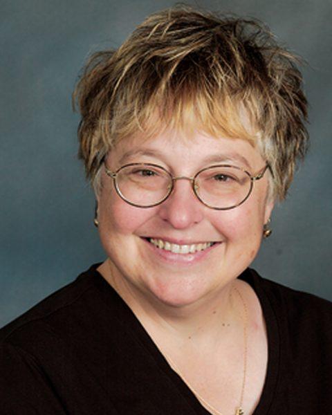 Lynn Dulak--Pianist